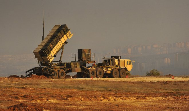 https://assets.roar.media/Bangla-News/2018/02/a-patriot-missile-battery-sits-on-an-overlook-at-a-turkish-army-base-in-gaziantep_0.jpg