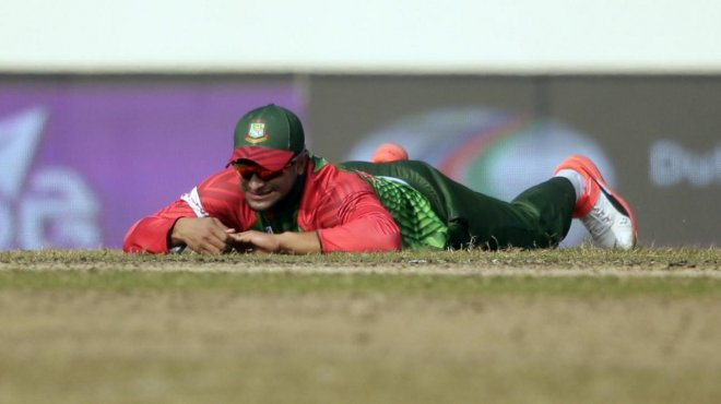 https://assets.roar.media/Bangla-News/2018/02/shakib_injury_0.jpg