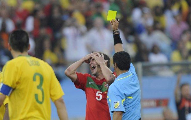 https://assets.roar.media/Bangla/2017/03/world-cup-2010-yellow-card-portugal-brazil-625jpgjpg-57365b88e874c780.jpg