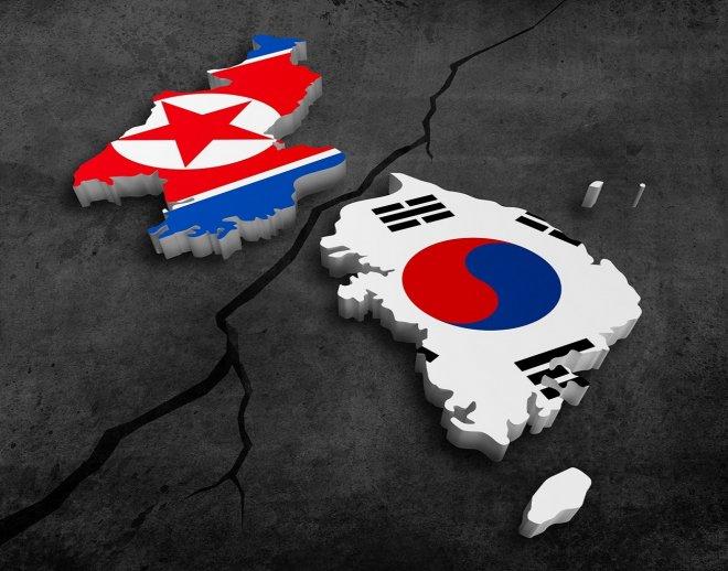 https://assets.roar.media/Bangla/2017/11/north-korea-south-korea.jpg