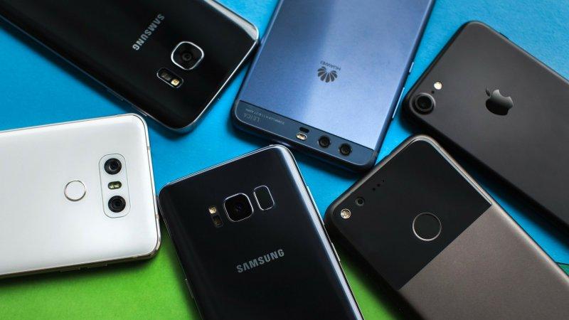 https://assets.roar.media/Bangla/2018/04/Budget-Smartphones-to-Buy-min.jpg