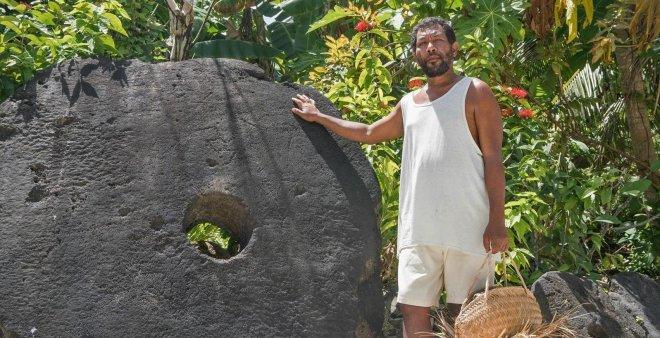 https://assets.roar.media/Bangla/2018/05/Rai-stone-of-Yap.jpg