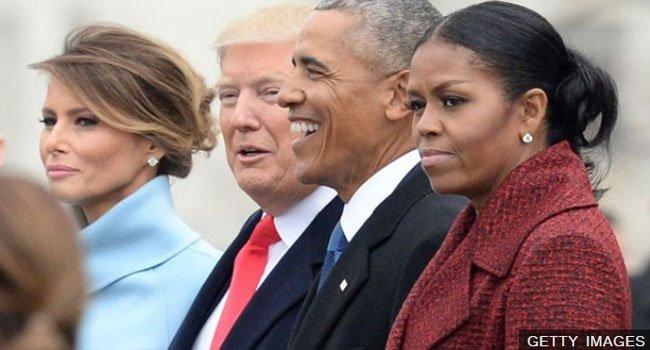 https://assets.roar.media/Hindi/2017/01/Barack-Obama-Tenure-Analysis-in-Hindi-Donald-Trump-with-Barack-Obama.jpg