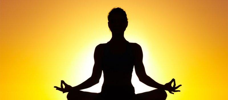 https://assets.roar.media/Hindi/2017/06/Indian-Farmers-and-International-Yoga-Day-Hindi-Satire.jpg