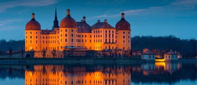https://assets.roar.media/Hindi/2018/02/Most-Beautiful-Castles-In-The-World-Moritzburg-Castles-.jpg