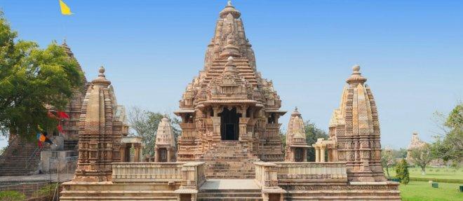 https://assets.roar.media/Hindi/2018/03/Khajurahoa-Temple-Raises-Curtains-From-The-Secrets-Of-Sexuality3.jpg