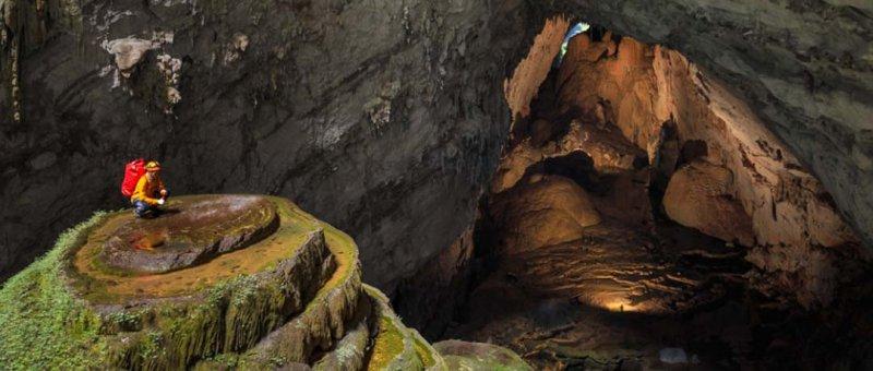 https://assets.roar.media/Hindi/2018/04/Son-Doong-Cave-System-Vietnam.jpg
