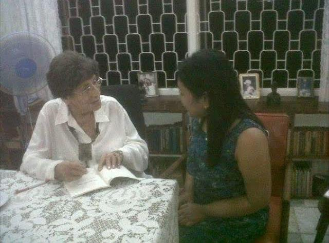Anne Ranasinghe (left) at her home in Colombo. Image courtesy Daphne Charles (right).