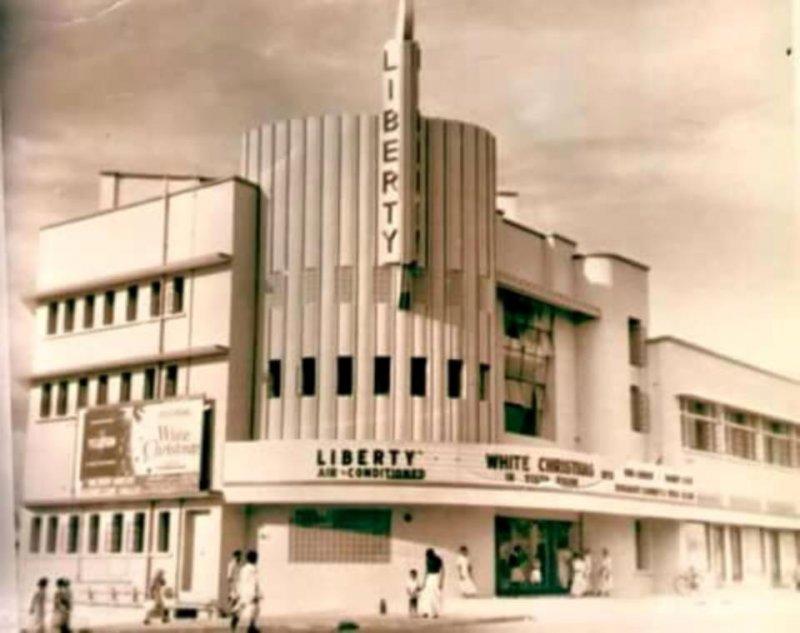 https://assets.roar.media/Life/2017/07/Liberty_cinema_in_the_olden_days._Liberty_Pharmacy-bell.jpg