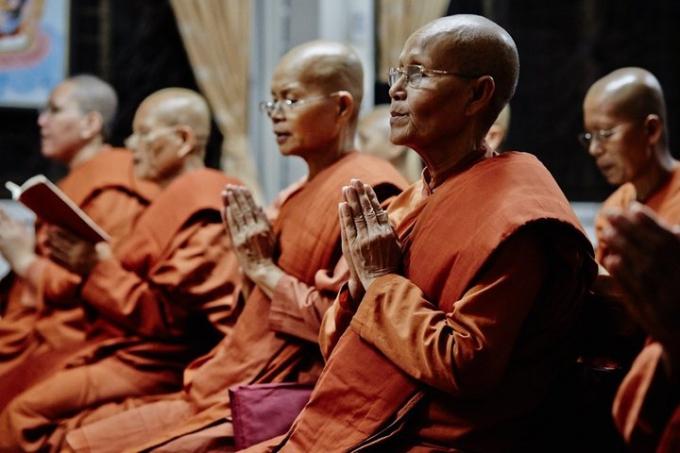 Bhikkuni Sasana. Image courtesy: huffingtonpost.com