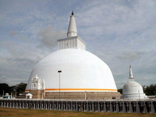 https://assets.roar.media/Sinhala/2016/04/Cover-image-courtesy-Wikipedia.org_-e1459196385707.jpg