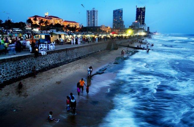 https://assets.roar.media/Sinhala/2016/05/sri-lanka_001-e1461575981183.jpg