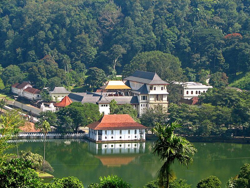 https://assets.roar.media/Sinhala/2016/08/Sri_Lanka_-_029_-_Kandy_Temple_of_the_Tooth.jpg