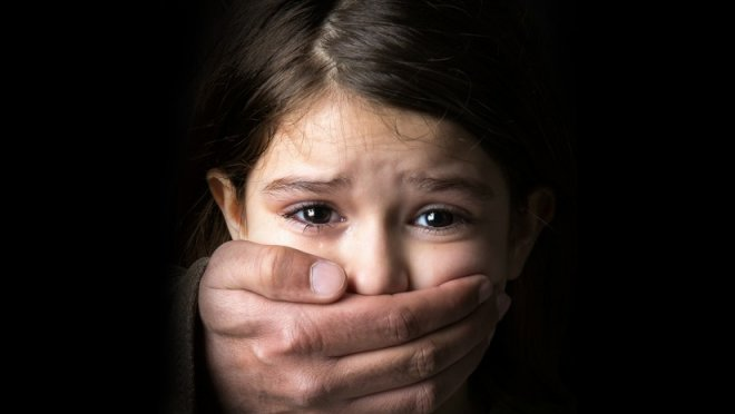 https://assets.roar.media/Tamil/2016/11/Child-Sexual-Abuse-1.jpg