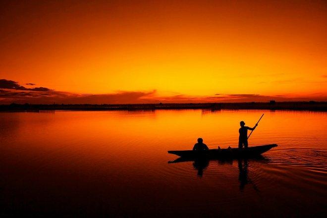 https://assets.roar.media/Tamil/2017/02/fishing-164977_1280.jpg