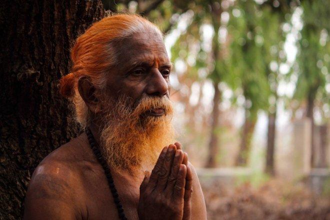https://assets.roar.media/Tamil/2017/06/saint-2356564_1920-e1498541720362.jpg