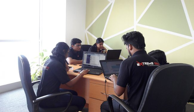 A culture of teamwork. Photo courtesy: Extreme SEO