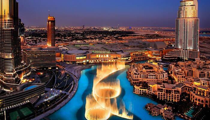 https://assets.roar.media/assets/4I8EcynQp8FydR8d_Dubai-Fountains.jpg