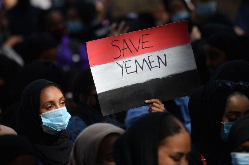https://assets.roar.media/assets/DQpMXQRqwVAe6hh7_Save-Yemen.jpg
