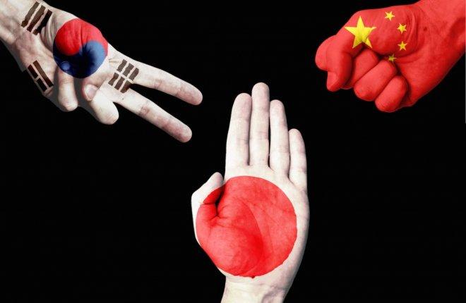 https://assets.roar.media/assets/HBIh9A1GZQZrUarU_japan-china-korea-1024x668.jpg