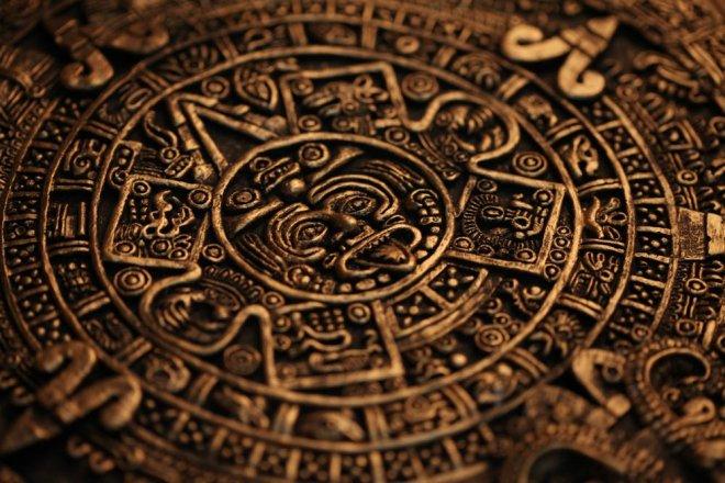 https://assets.roar.media/assets/U402f8RDRudy4F3B_Mayan-calendar.jpg