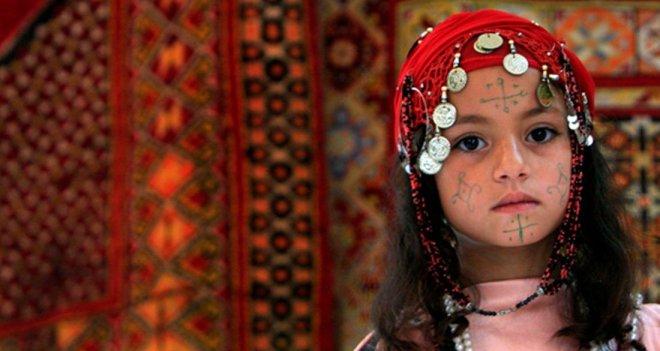 https://assets.roar.media/assets/cTZEBJeEweFHiPGe_berber-child-modern-color-featured.jpg