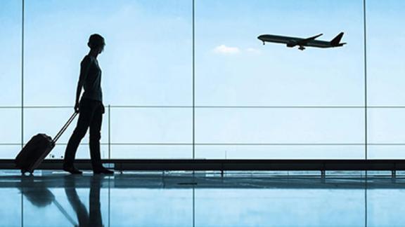https://assets.roar.media/assets/cbCprBLlxqJuQrRx_200317182728-safe-travel-plane-live-video.jpg