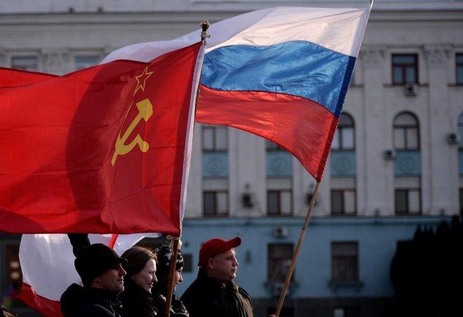 https://assets.roar.media/assets/ceBvixqsVJNSnhBv_la-fg-wn-crimean-voters-go-to-the-polls-to-dec-001.jpg