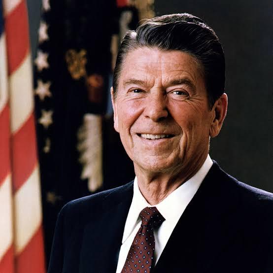 মার্কিন প্রেসিডেন্ট রোনাল্ড রিগ্যান কমিউনিস্ট প্রভাব কমাতে রিগ্যান ডকট্রিন প্রকাশ করেন; image source: whitehouse.gov