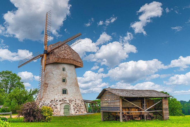 https://assets.roar.media/assets/ecQt88IGTv8ZvSSD_windmill-on-a-farm-in-latvia-george-pachantouris.jpg
