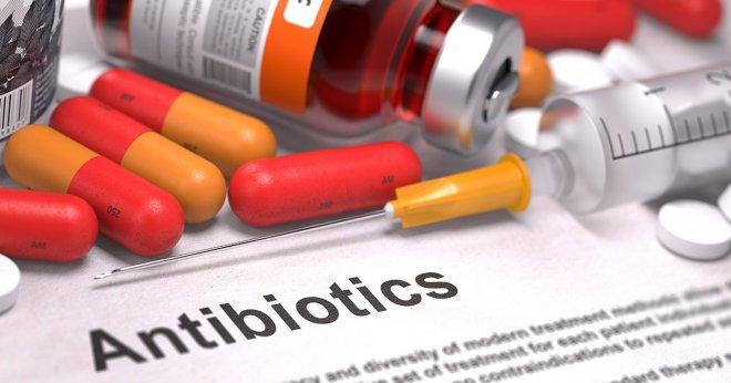 https://assets.roar.media/assets/nSCRodKcRJXS4bi3_Antibiotic-resistance.jpg