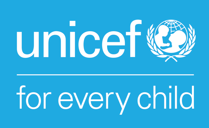 https://assets.roar.media/assets/om7bbtslOJKHwi85_gPTMtWZKAAnUG101_UNICEF_ForEveryChild_White_Vertical_RGB_ENG.jpg