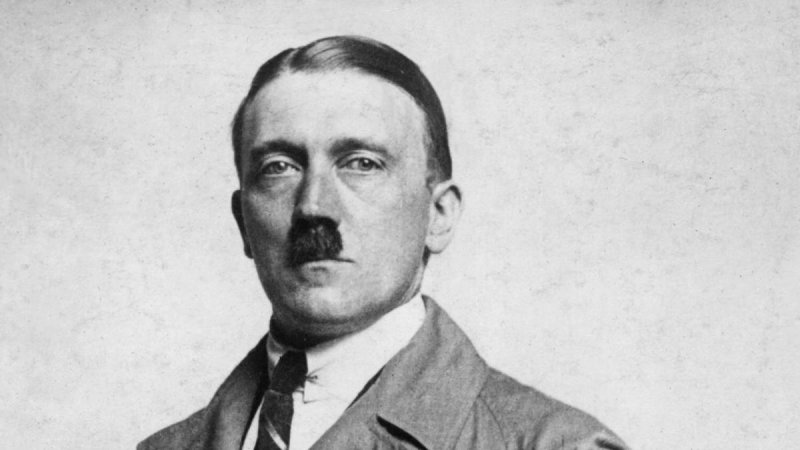 https://assets.roar.media/assets/pHD4saC3Ao6Rb3Ig_adolf-hitler---facist-ruler.jpg