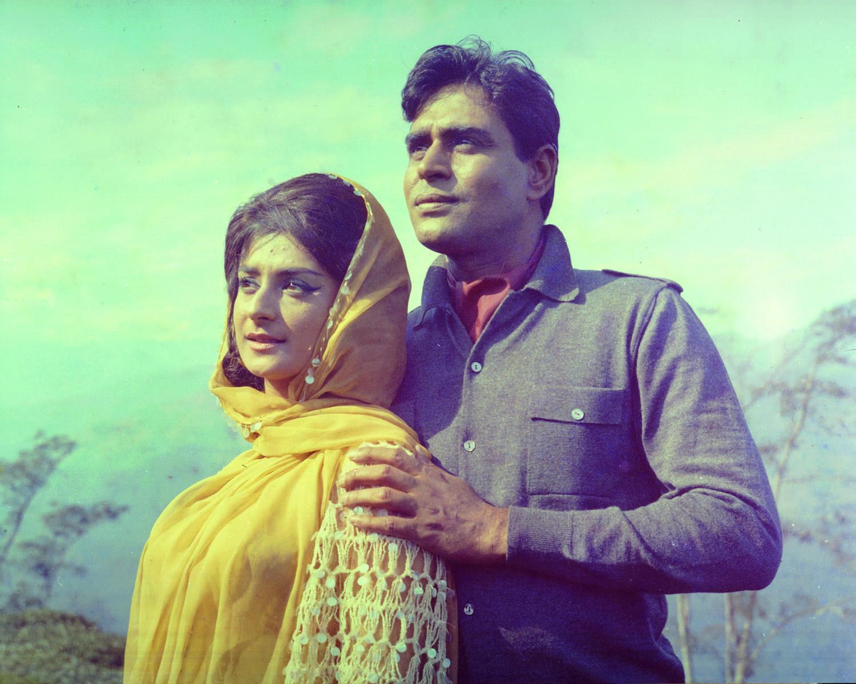 दिलीप कुमार नहीं 'राजेंद्र कुमार' पर आया था सायरा बनो का दिल!